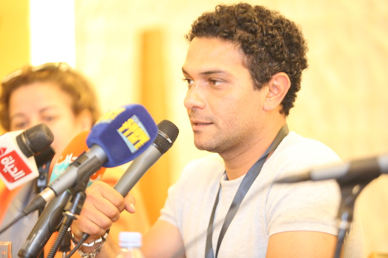 آسر ياسين أفضل التواجد فى السينما العالمية بفيلم مصرى ونفسى أرجع المسرح عين
