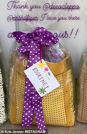 هدايا تلقتها عائلة كاردشيان بمناسبة عيد الفصح (1)
