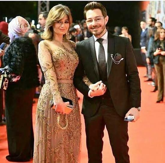 أحمد زاهر وزوجته (3)