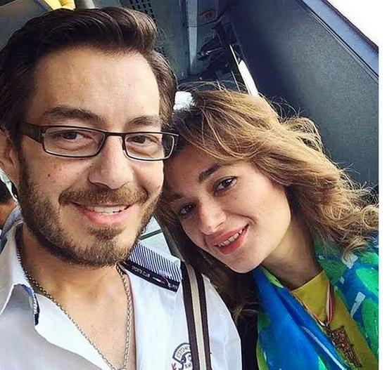أحمد زاهر وزوجته (2)