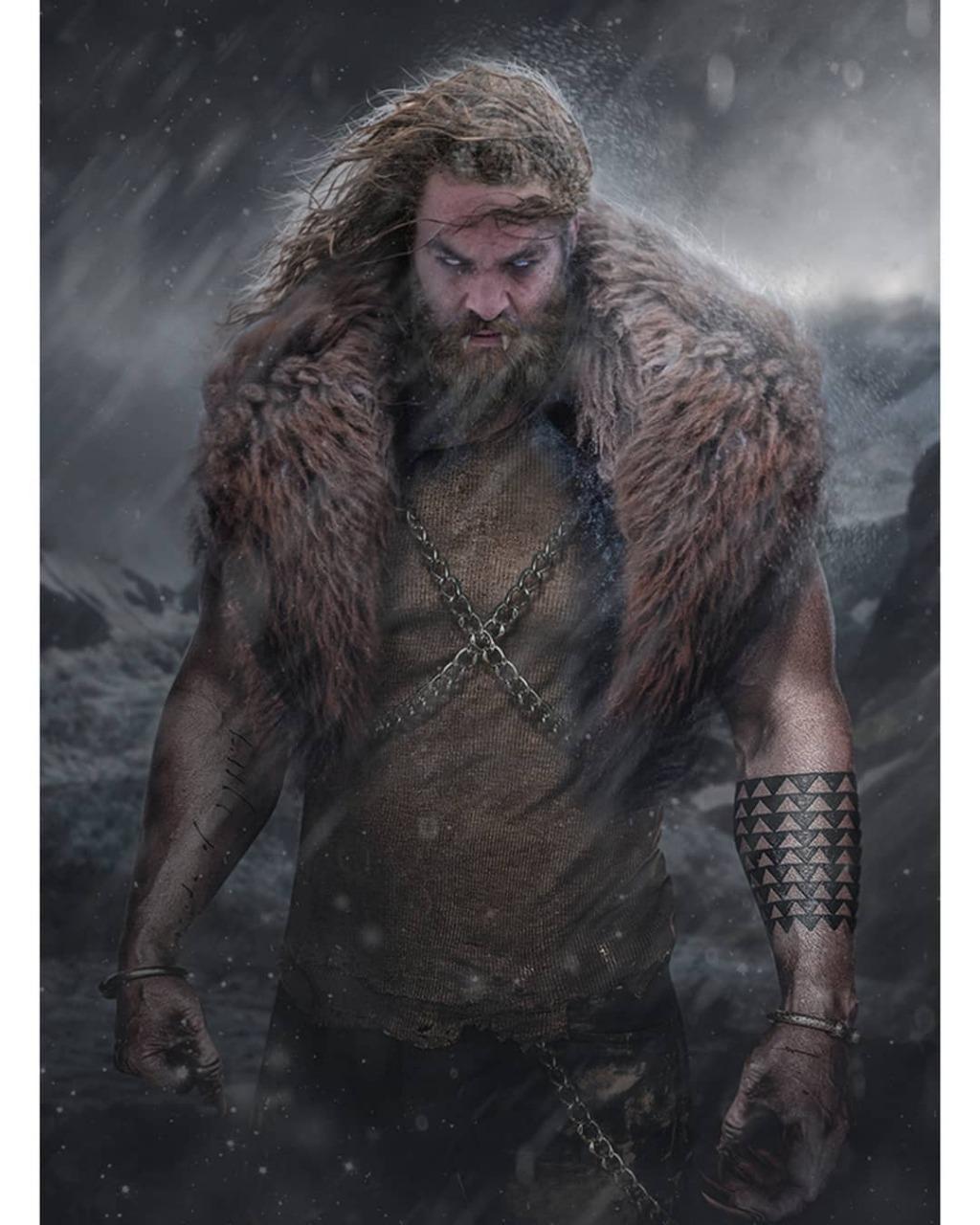جايسون موموا  _ شخصية Sabretooth وهى العدو اللدود لـ وولفرين