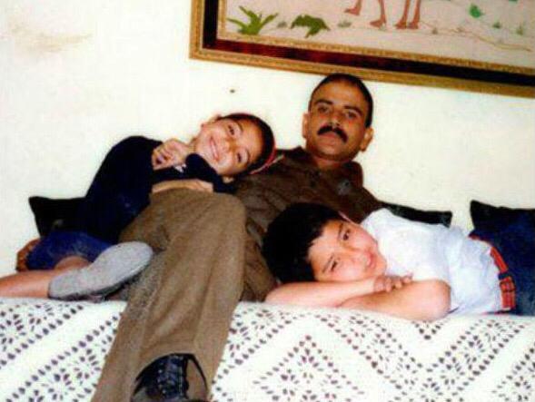 أنوشكا شارما مع والدها