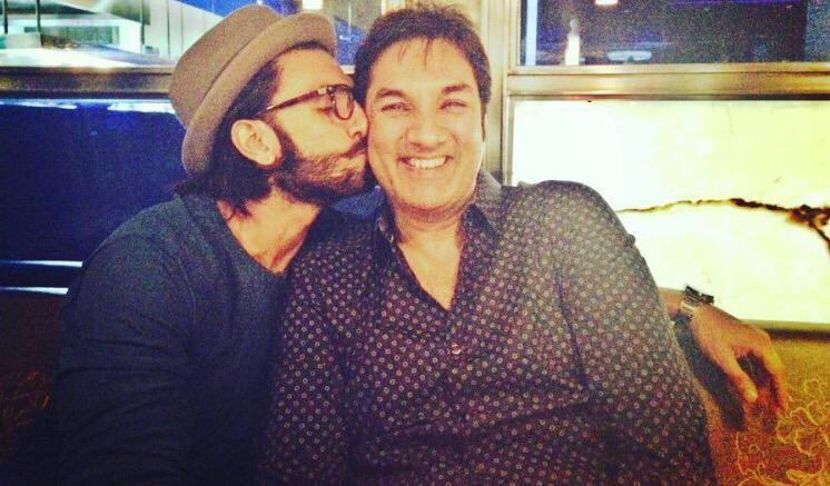 الممثل رانفير سينج مع والده