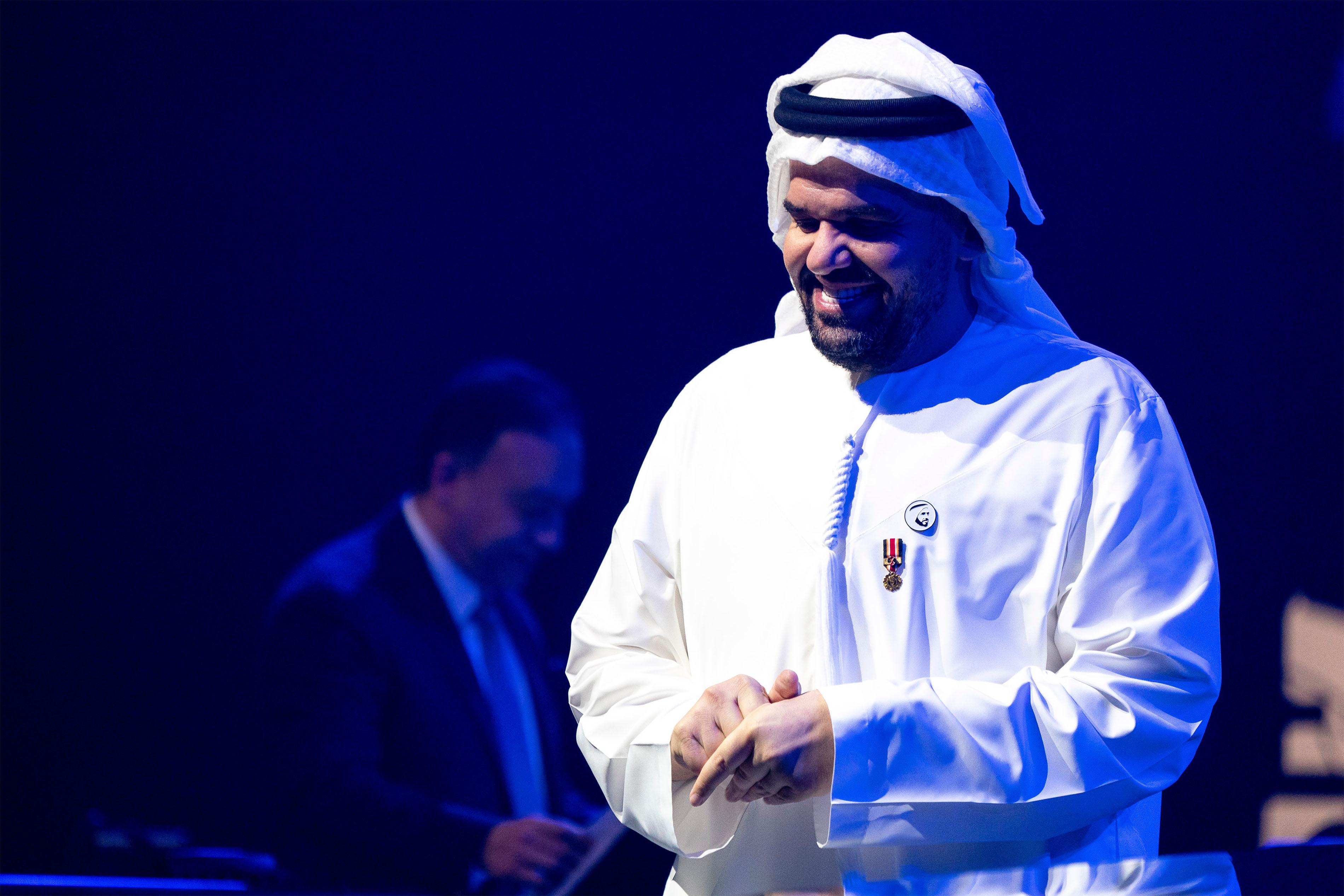 حسين الجسمى (2)