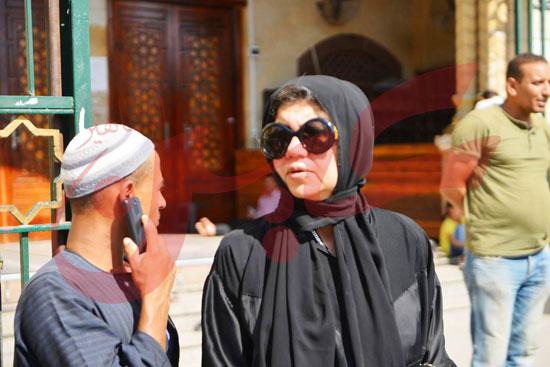 جنازة والدة الفنانة يسرا (74)
