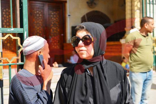 جنازة والدة الفنانة يسرا (65)
