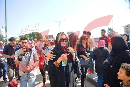 جنازة والدة الفنانة يسرا (40)