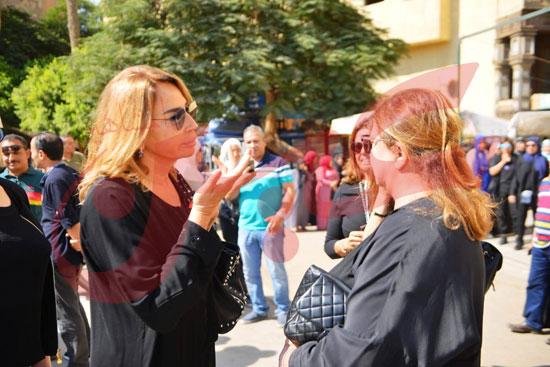 جنازة والدة الفنانة يسرا (80)