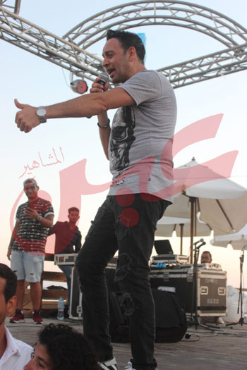 حفل مصطفى قمر (2)