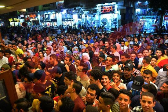 استمرار إقبال الجمهور على الفيل الأزرق وولاد رزق فى خامس أيام العيد (2)