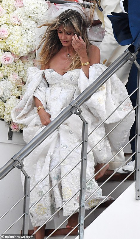 من حفل زفاف هيدي كلوم و كوليتز (4)