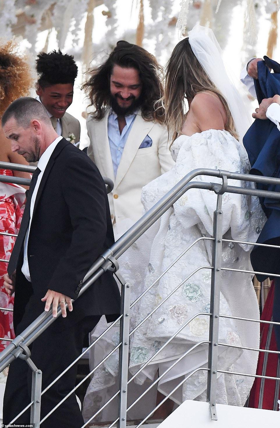 من حفل زفاف هيدي كلوم و كوليتز (1)