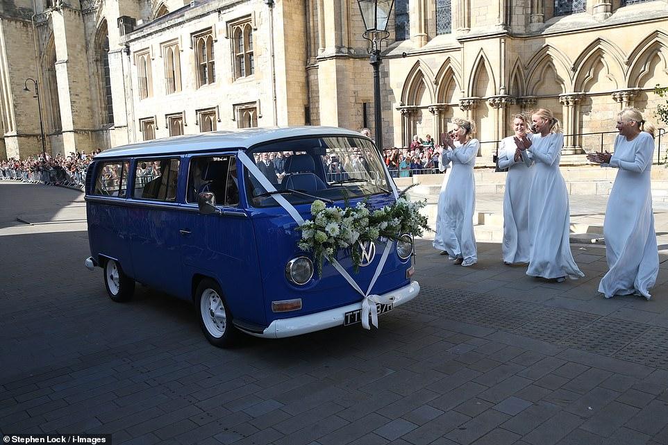 من حفل زفاف ايلي جولدينج  (4)