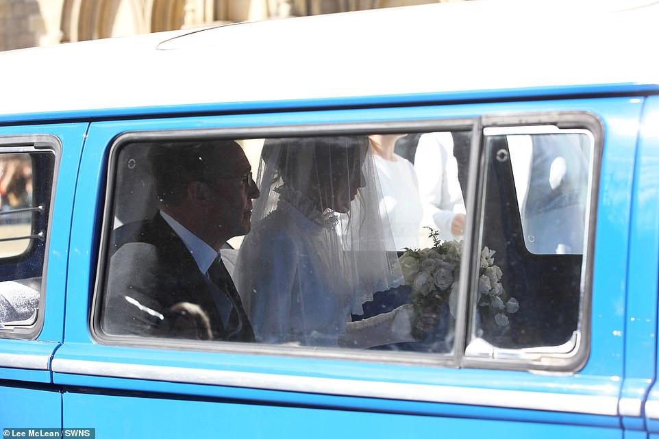من حفل زفاف ايلي جولدينج  (5)