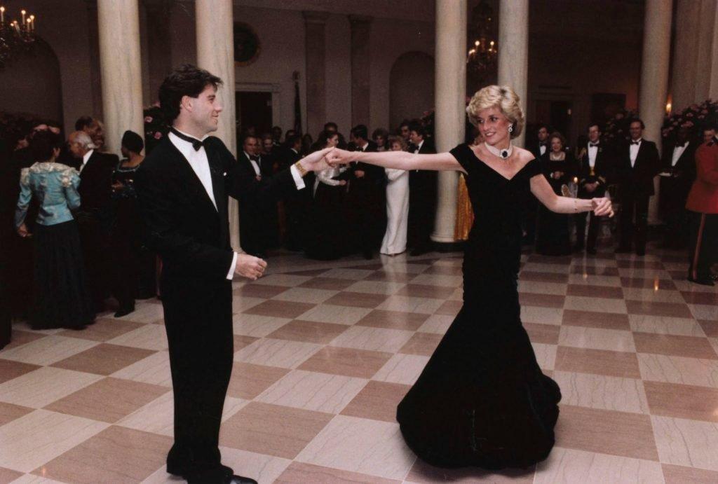 رقصة الاميرة و جون ترافولتا  (2)
