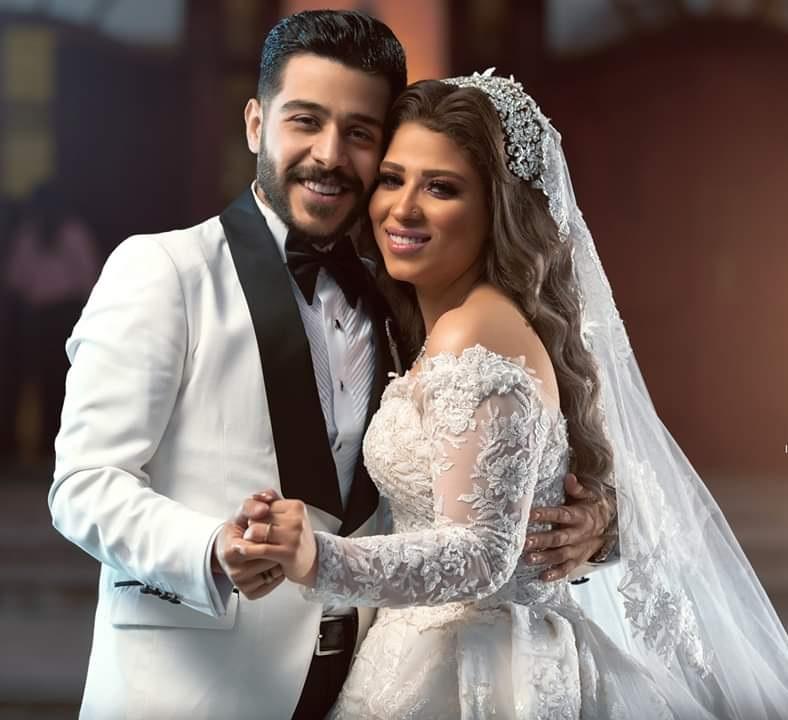 احمد كامل مع زوجته نسمة
