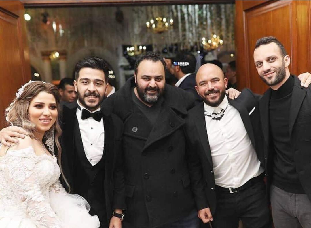 شيكو والعسيلى وامير مرتضى مع احمد كامل وزوجته