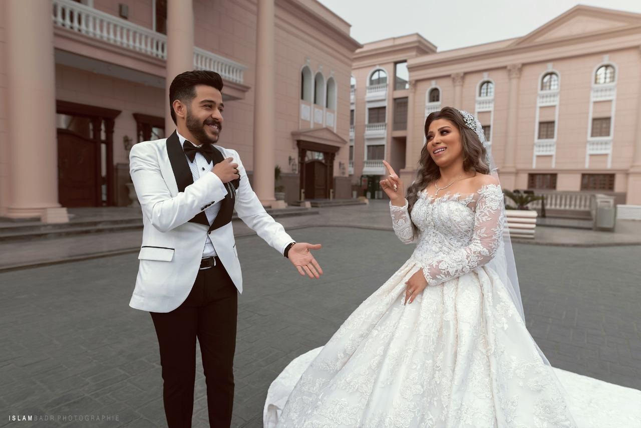 احمد كامل وزوجته