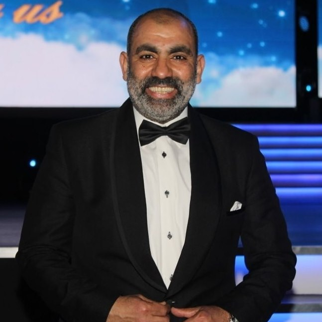 محسن منصور