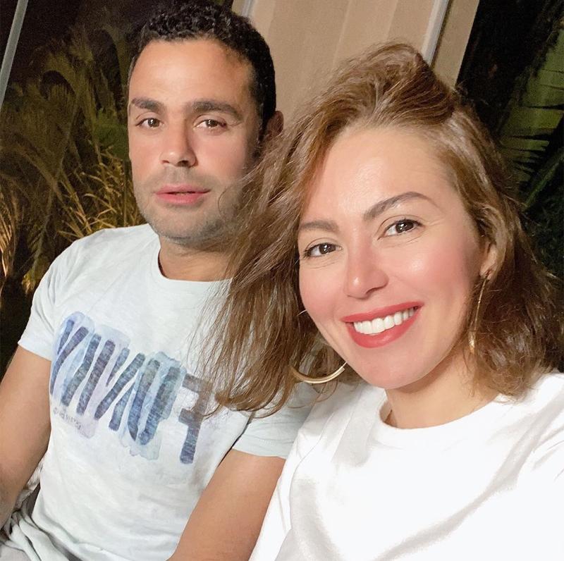 لقاء الخميسى وزوجها محمد عبد المنصف (2)