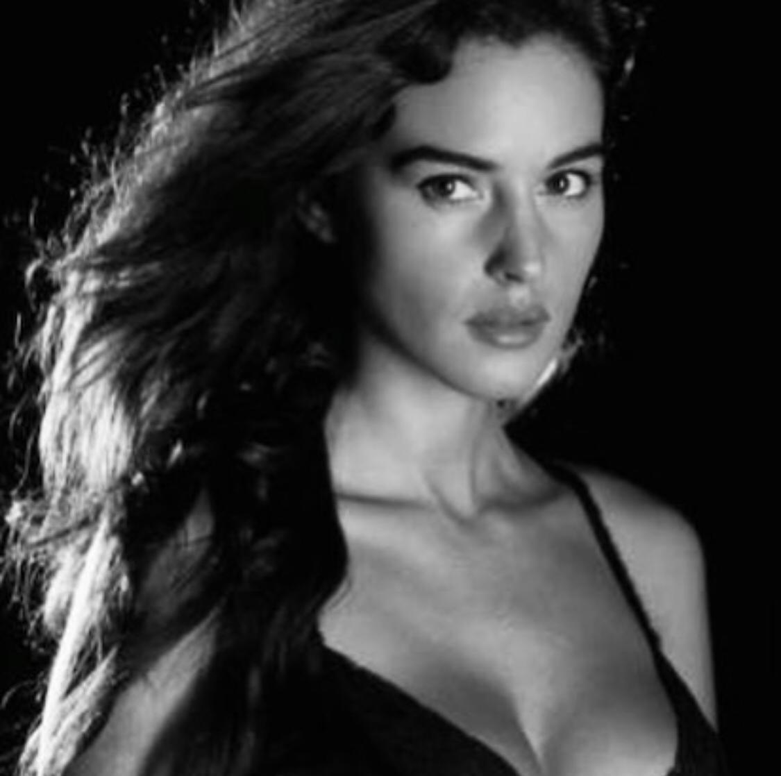 مونيكا بيلوتشي  (2)