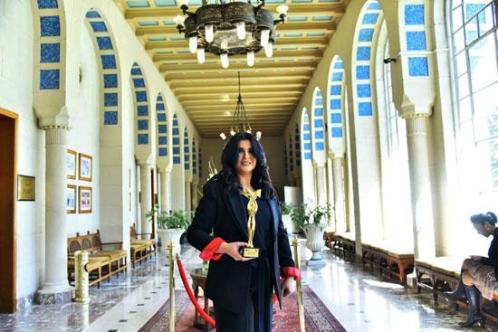 جامعة الدول العربية تكرم الإعلامية منى الشاذلى