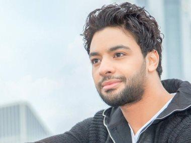 المطرب أحمد جمال