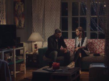 مشهد من مسلسل لمس اكتاف
