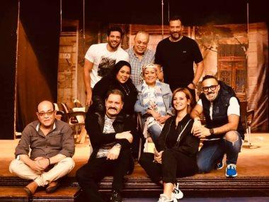 فريق عمل مسرحية لوكاندة الاوباش