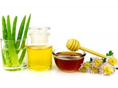 قناع الصبار مع العسل الخام