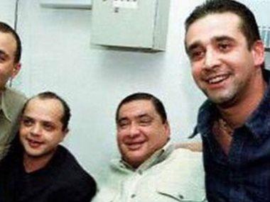 صورة مجموعة لعلاء ولى الدين ومحمد هنيدى وكريم عبد العزيز