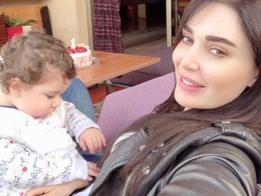 سيرين عبد النور و طفلها