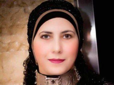 نيفين منصور