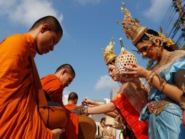 مهرجان يوم الماء بتايلاند