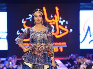 عرض أزياء بالمغرب