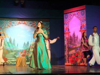 مسرح زهرة اللوتس