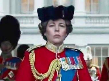 أوليفيا كولمان في دور الملكة