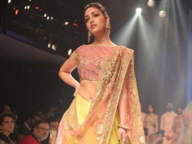 اسبوع الموضة الهندية بدلهى
