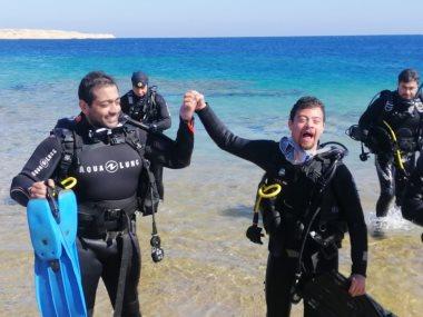 الفنان أحمد فلوكس مع السباح العالمى محمد كرم