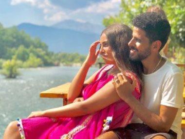 حمدى الميرغنى وزوجته إسراء عبد الفتاح
