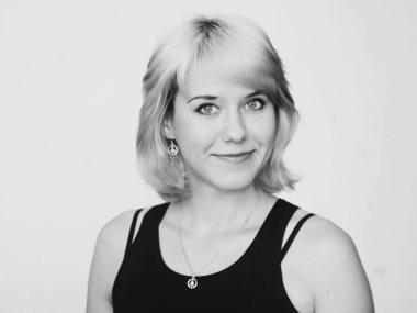 إيلينا روباشيفسكا ناقدة سينمائية أوكرانية