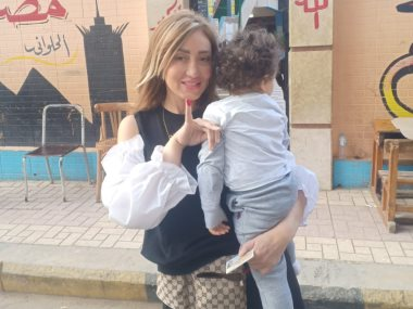 ريهام سعيد تدلى بصوتها
