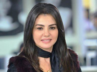 الفنانة دينا فؤاد