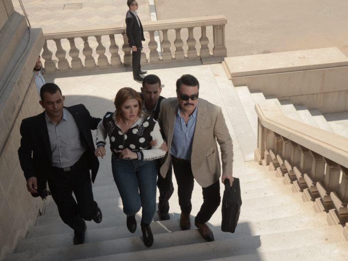 فيلم خلى بالك من اللى جاى احلى