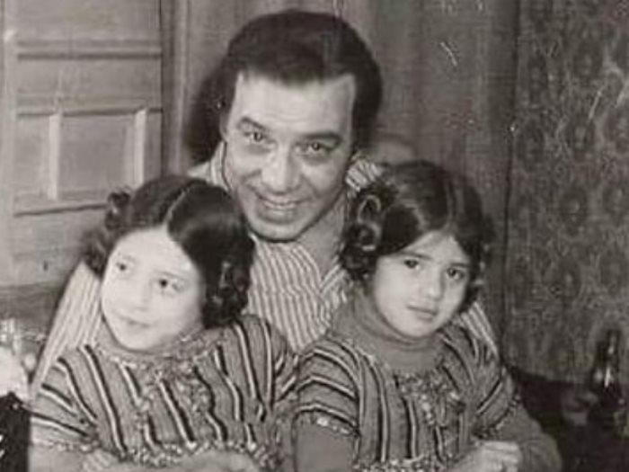 الفنانة رانيا فريد شوقى وأختها فى طفولتهما