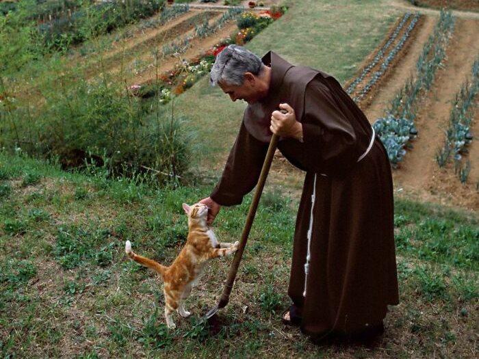 راهب فى إيطاليا