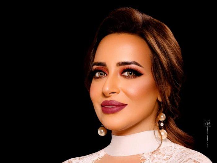 خبرة التجميل انجي فاروق