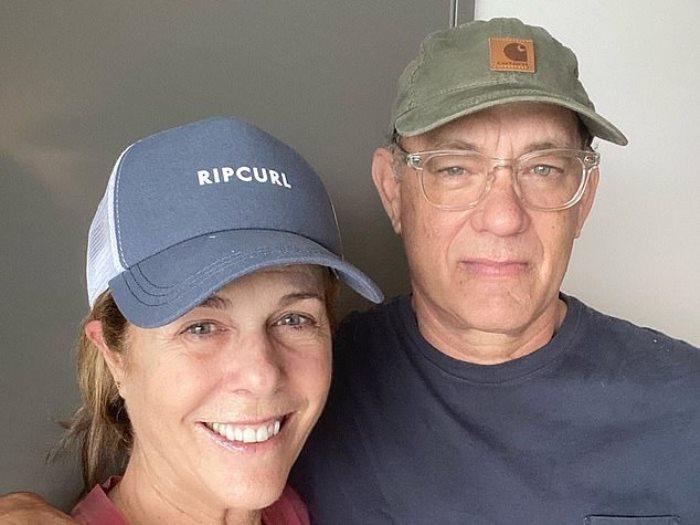 توم هانكس وزوجته