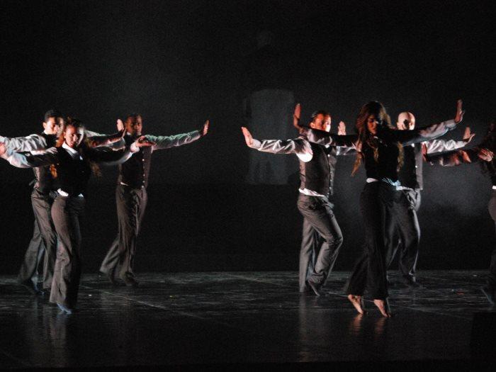 فرقة الرقص المسرحى
