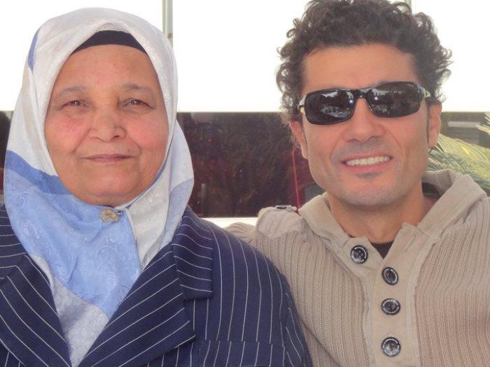 خالد النبوى ووالدته